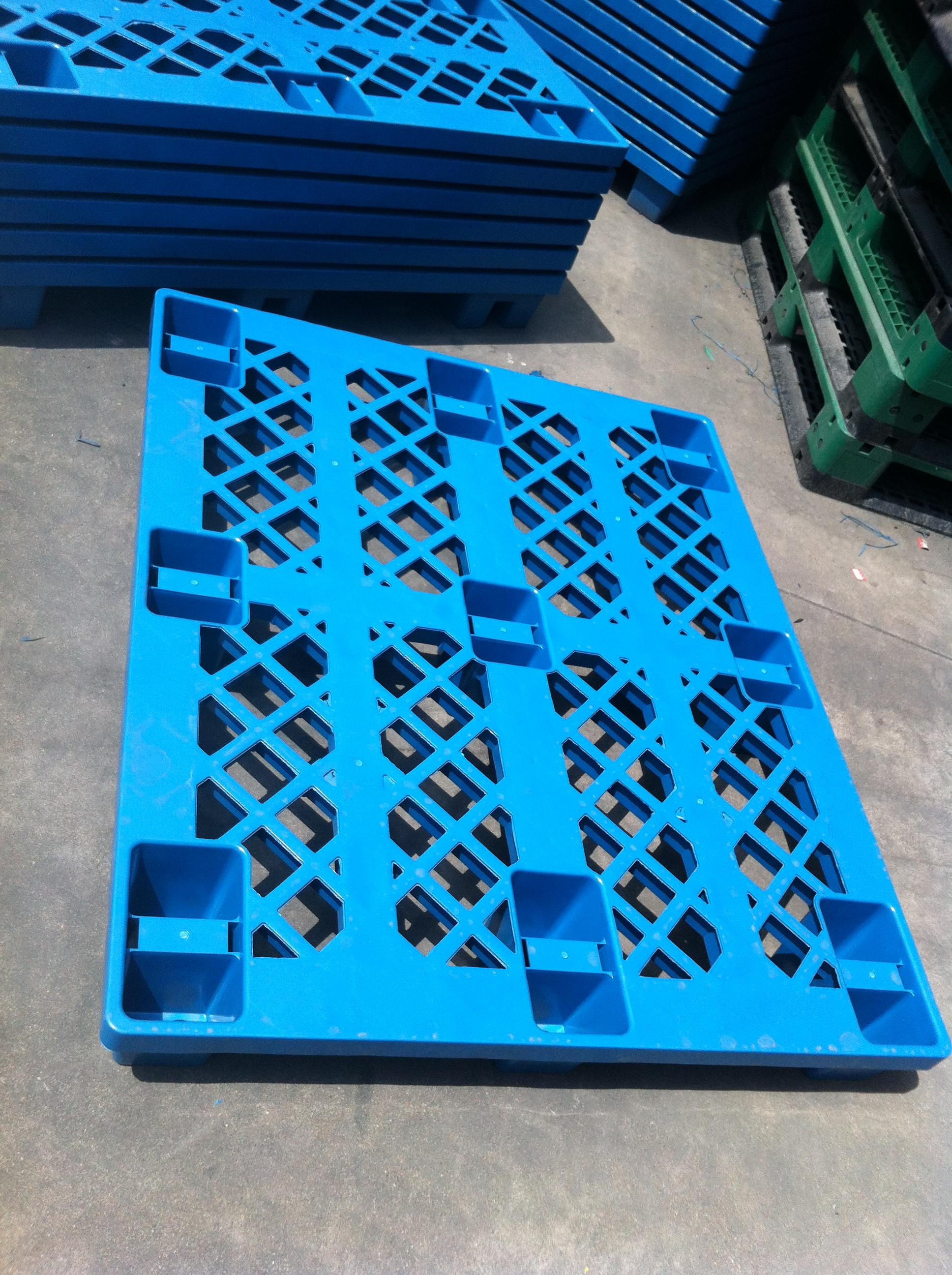 青岛塑料托盘  九脚塑料垫仓板防潮 1200*1000