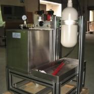 陶瓷品红水压试验装置图片