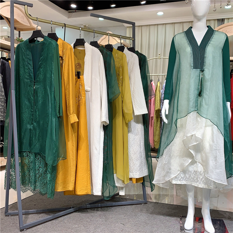【晒谷场】深圳高端一线专柜设计师女装品牌库存尾货撤柜女装
