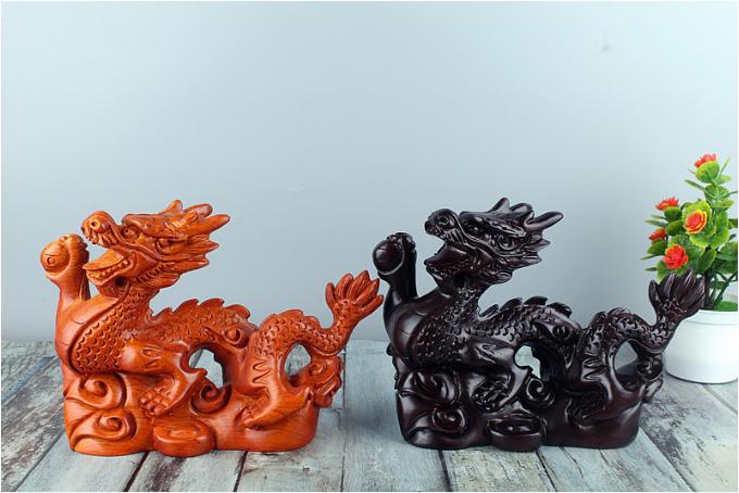 精品檀木雕刻十二生肖龙办公室招财摆件
