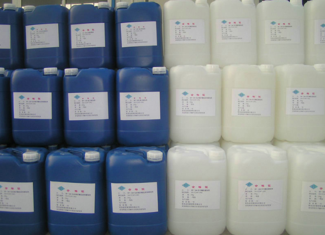 热销供应纺织涂料消泡剂 水溶性消泡剂 固体消泡剂