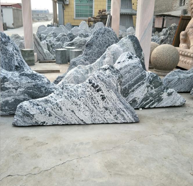 厂家供应草坪石景观石景观石自然石雪浪石片石组合摆件 河冲石