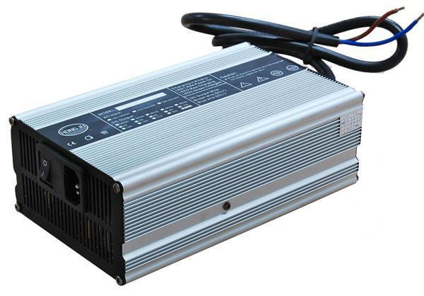 锂电池充电器42V10A电动车观光车高尔夫球车充电器