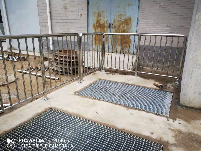 河北不锈钢栏杆  不锈钢产量