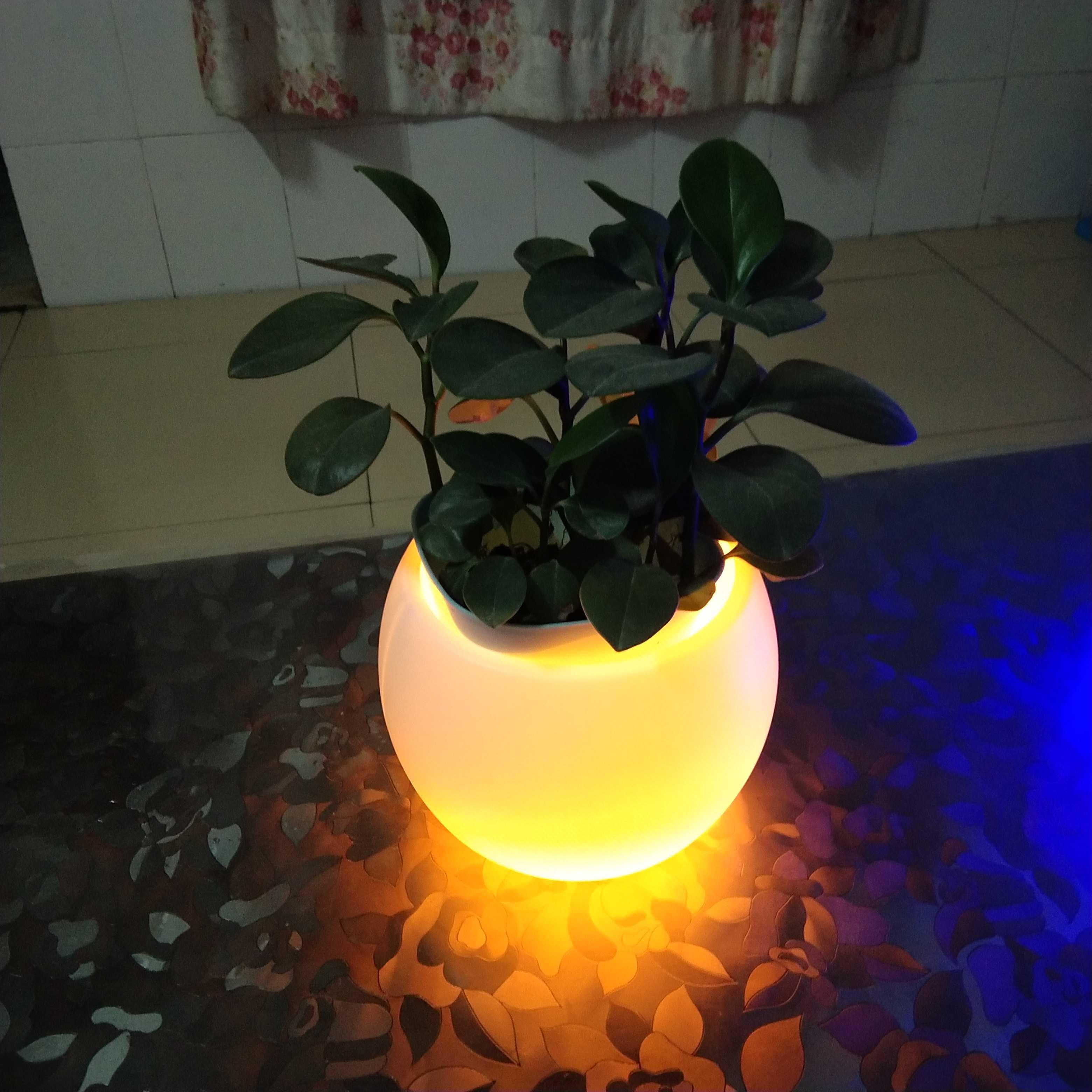 客厅现代简约LED玻璃灯罩