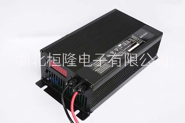 智能充电器72V10A铅酸电池高尔夫球车观光车电动车充电器
