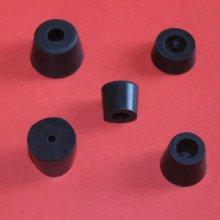 塑料机脚垫 耐磨橡胶垫 耐腐蚀橡胶制品 耐油橡胶脚垫 耐高压胶垫 耐高温硅胶脚垫 橡胶塑胶硅胶垫图片