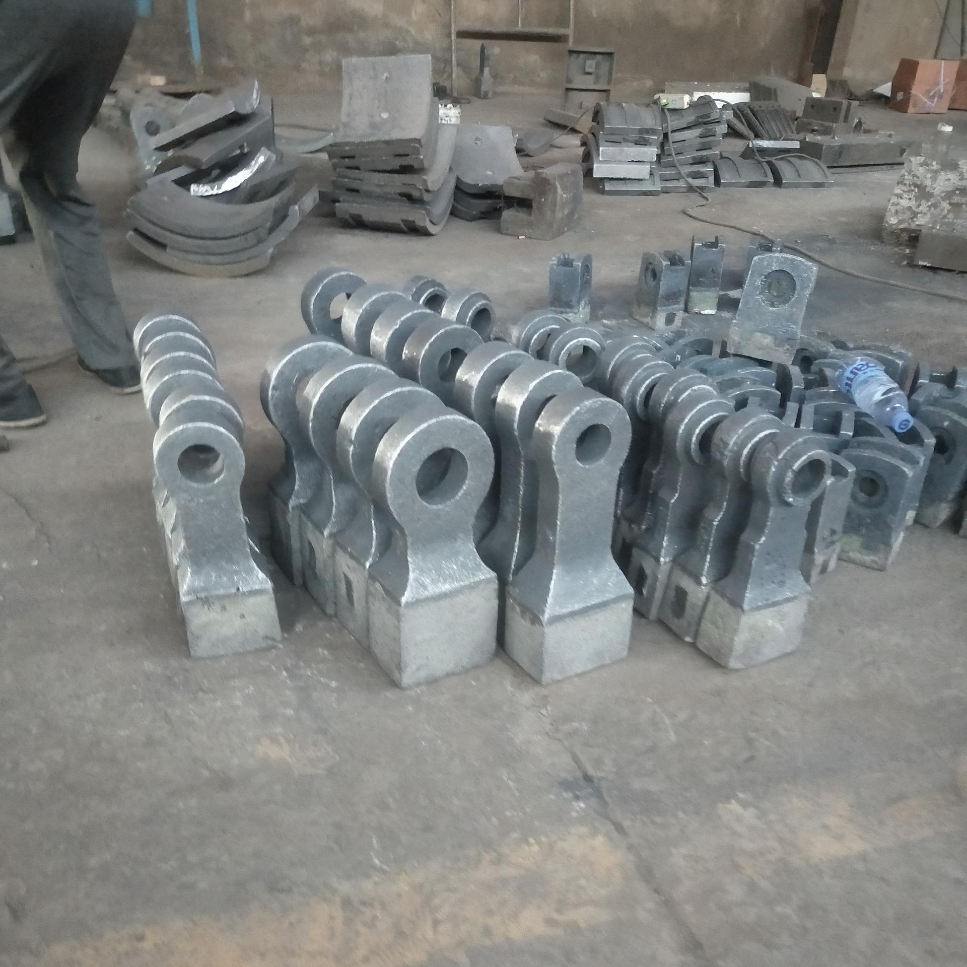 破碎机锤头 双金属耐磨合金锤头优质厂家 锤式破碎机配件