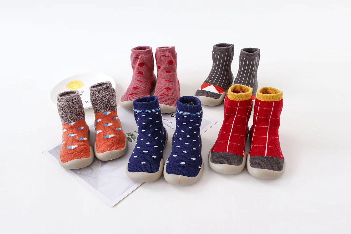 婴儿学步鞋地板袜销售