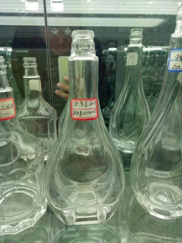玻璃酒瓶供应商厂家,山东玻璃酒瓶价格/ 玻璃酒瓶厂家批发价 玻璃酒瓶生产厂家