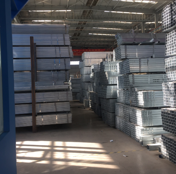 云南热镀锌方管批发 定制加工大棚方管 钢材方钢管厂家直销