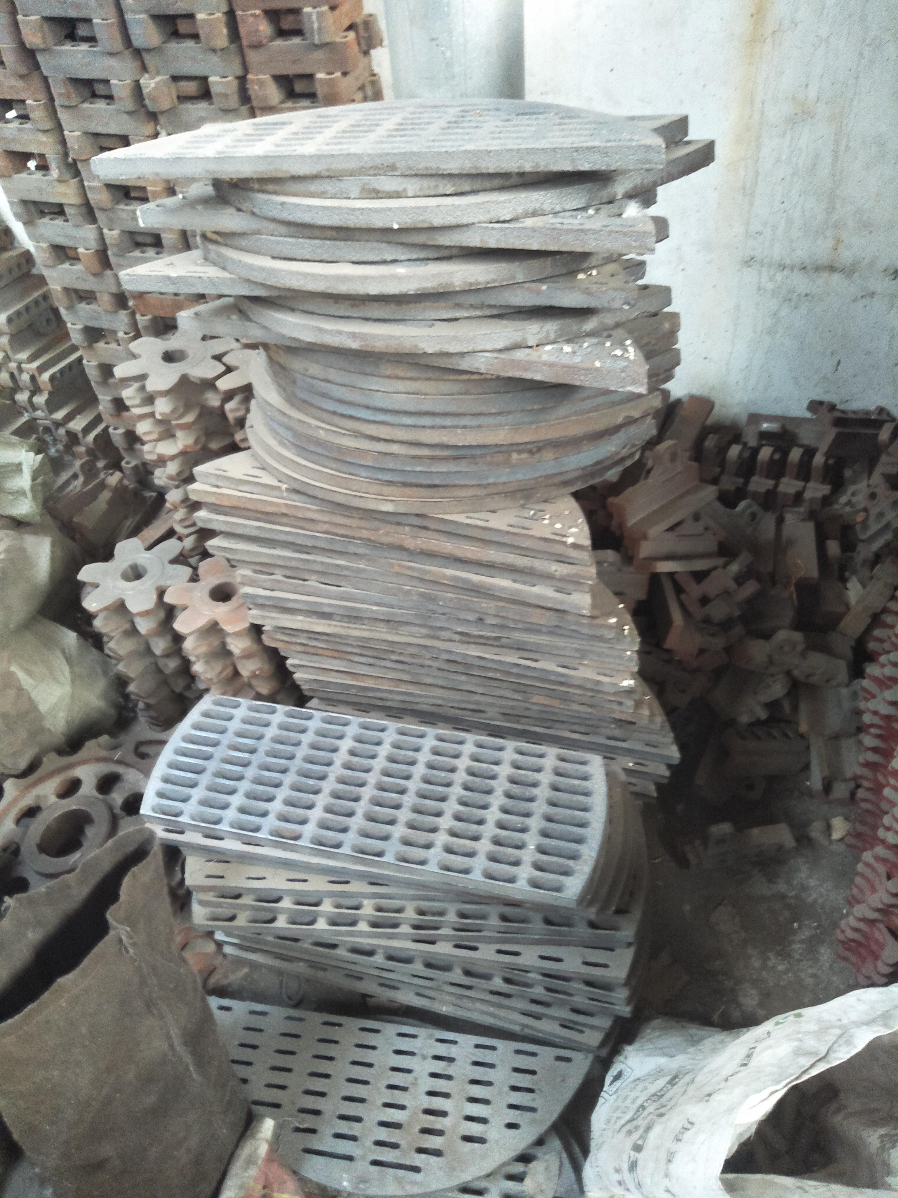 山东聊城厂家生产锅炉配件 聊城批发篦子炉排,聊城锅炉炉箅子生产厂家价格