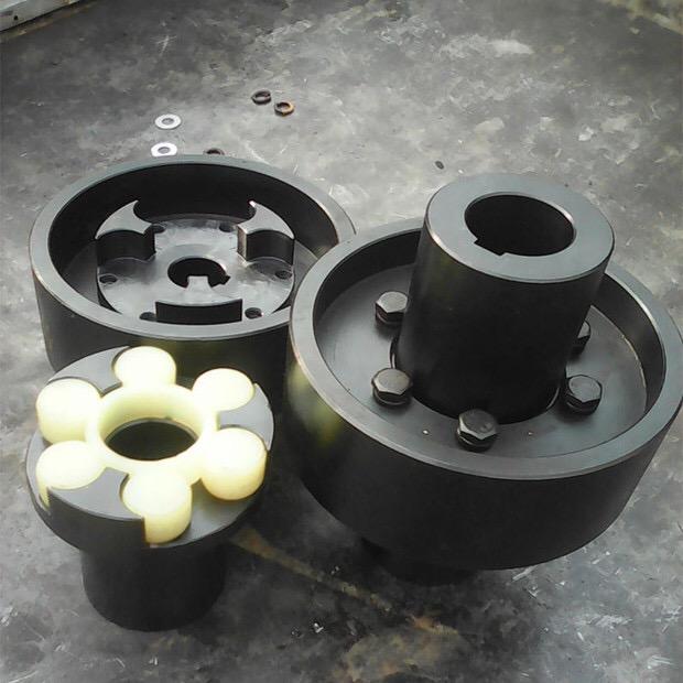 梅花型ML型LM型 梅花型ML型LM型三爪式联轴器45号钢非标定做
