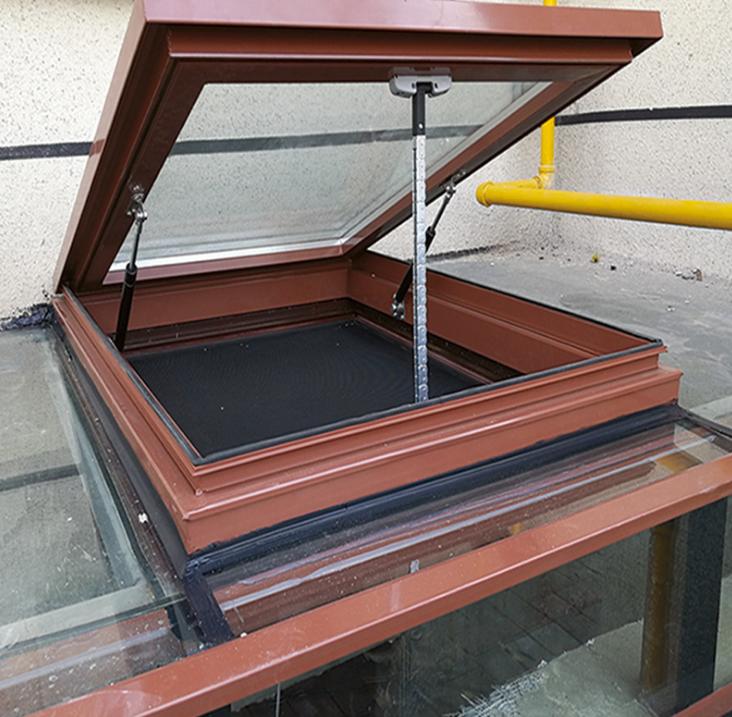 断桥铝电动天窗 阳光房斜屋顶 天窗 厂家直销量大优惠