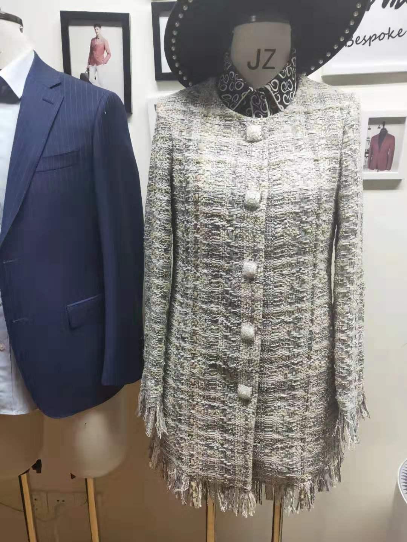 供应石家庄定制女装西装厂家-款式精美-小香风珍珠扣