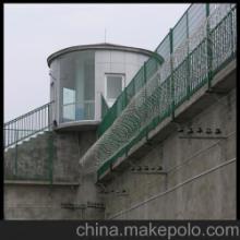 监狱钢网墙 监狱围墙网 监狱护栏的标准参数批发