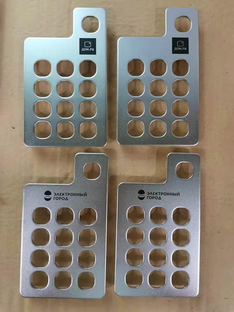 深圳工厂加工定制五金冲压加工2.0mm304不锈钢面板油压加工