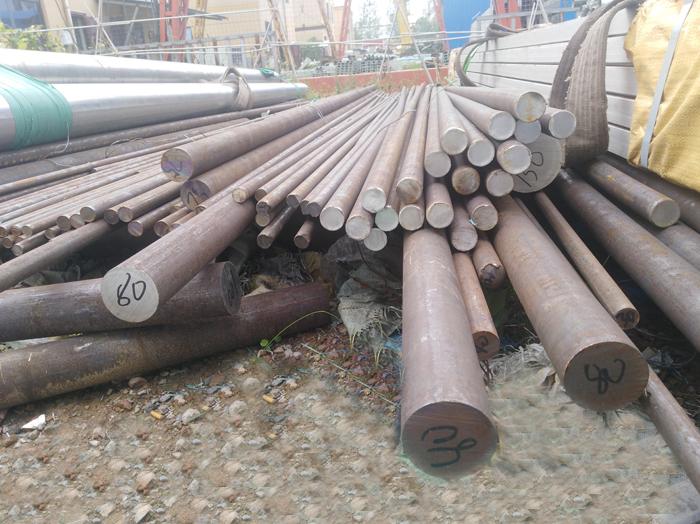 郑州市长期供应圆钢 供应各种钢材 镀锌圆钢生产厂家