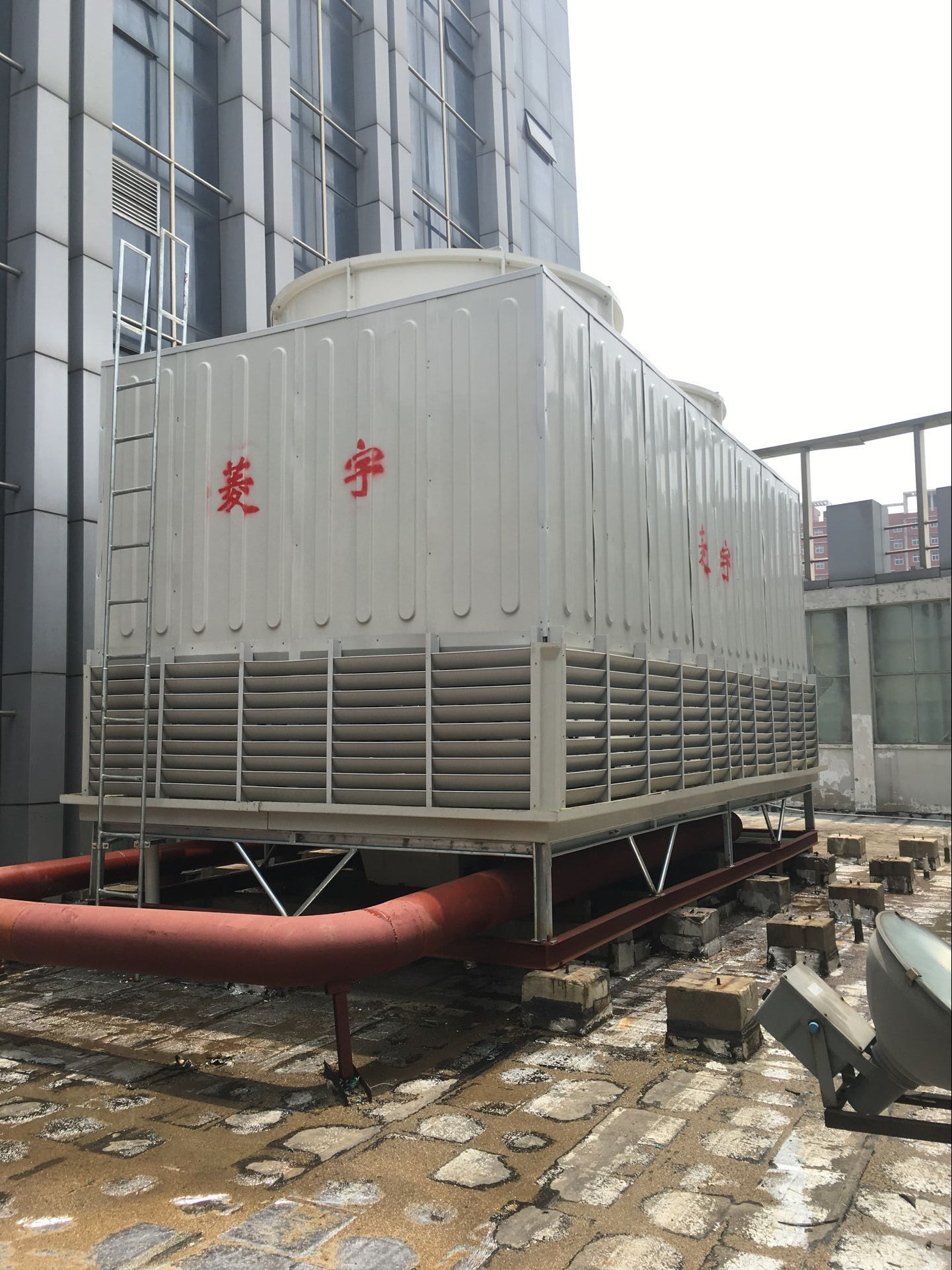 天津300吨方形冷却塔
