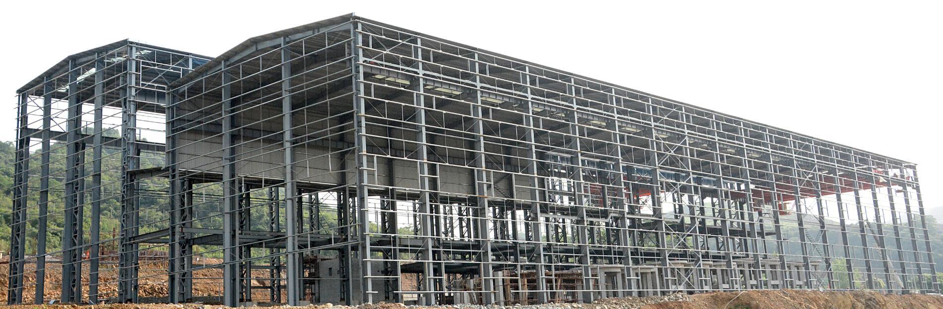 集团公司目前在国内设立了12家分公司,现有职工1000多人,一、二级建造师共227人