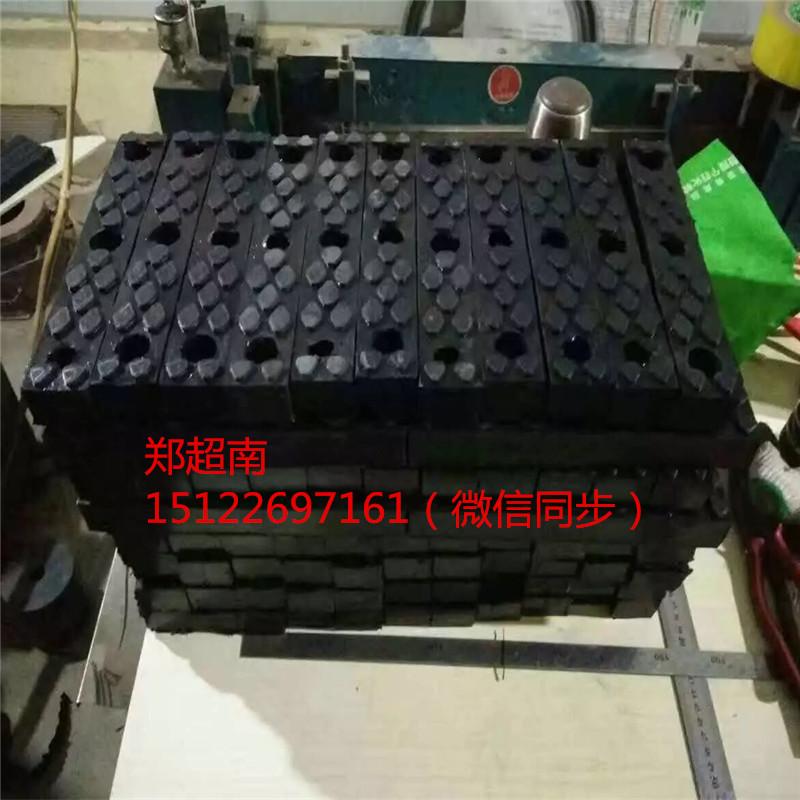 济南夹砖机胶块 抱砖机胶块 聚氨酯胶块 牛津胶块 各种规格胶块 胶塞 胶墩