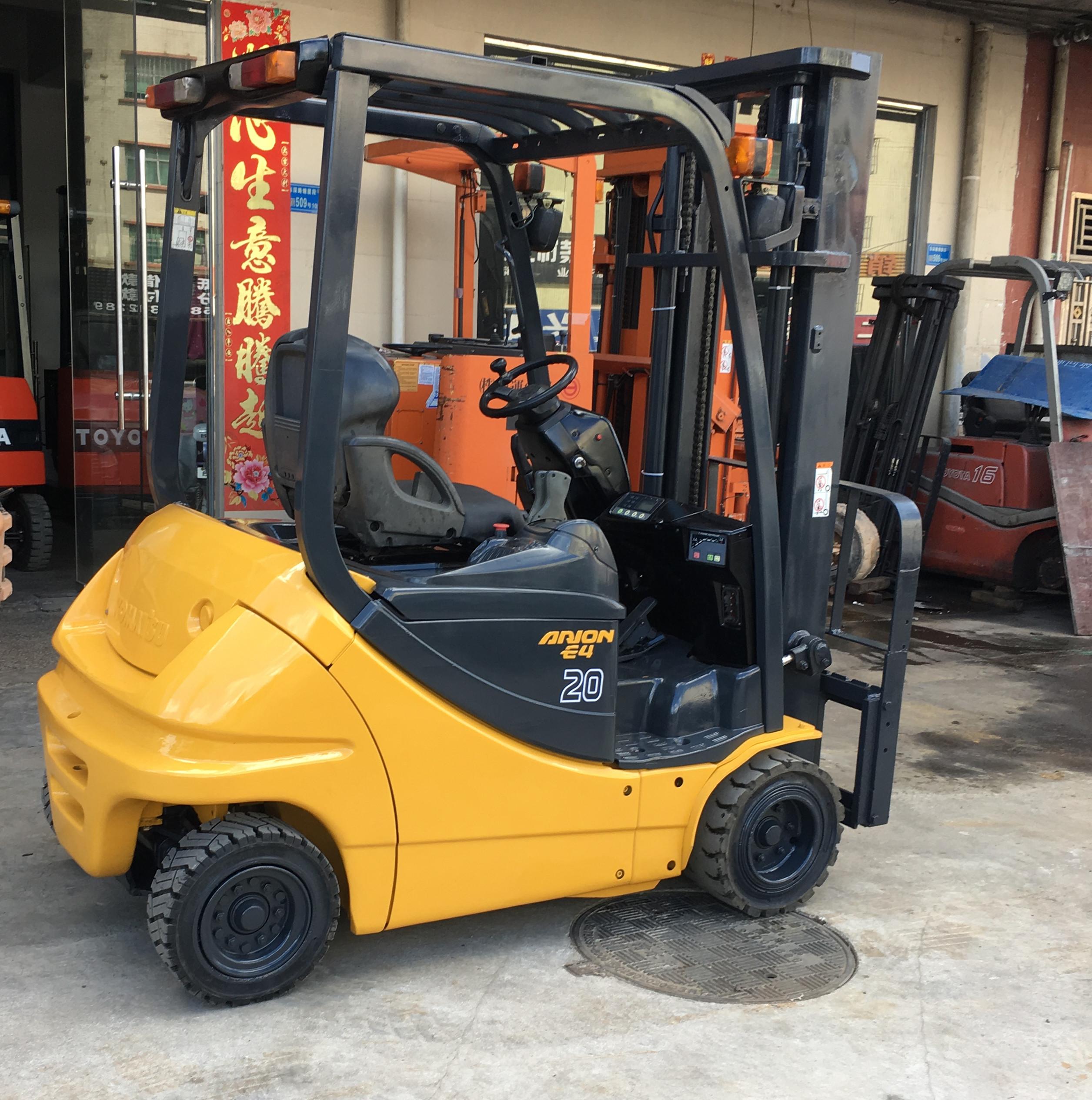 二手进口2吨KOMATSU电动叉车两节门架升高3.3米 2吨电瓶叉车