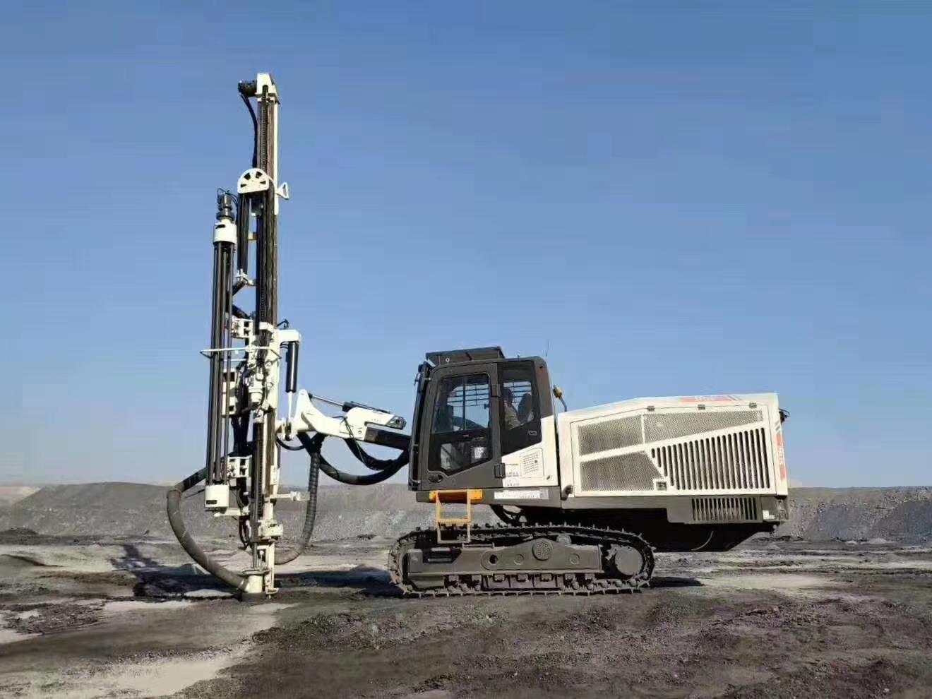 临工顶锤钻车 临工LGMRT ST120顶锤钻机 山特维克凿岩动力头 ST120全液压顶驱式钻机
