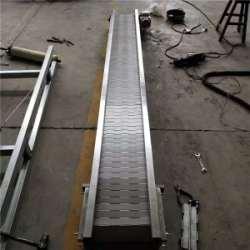 德州市万向轮链板输送机厂家万向轮链板输送机-卓远输送设备-链板输送机定制